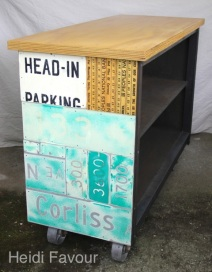 HeadinparkingIsland_1